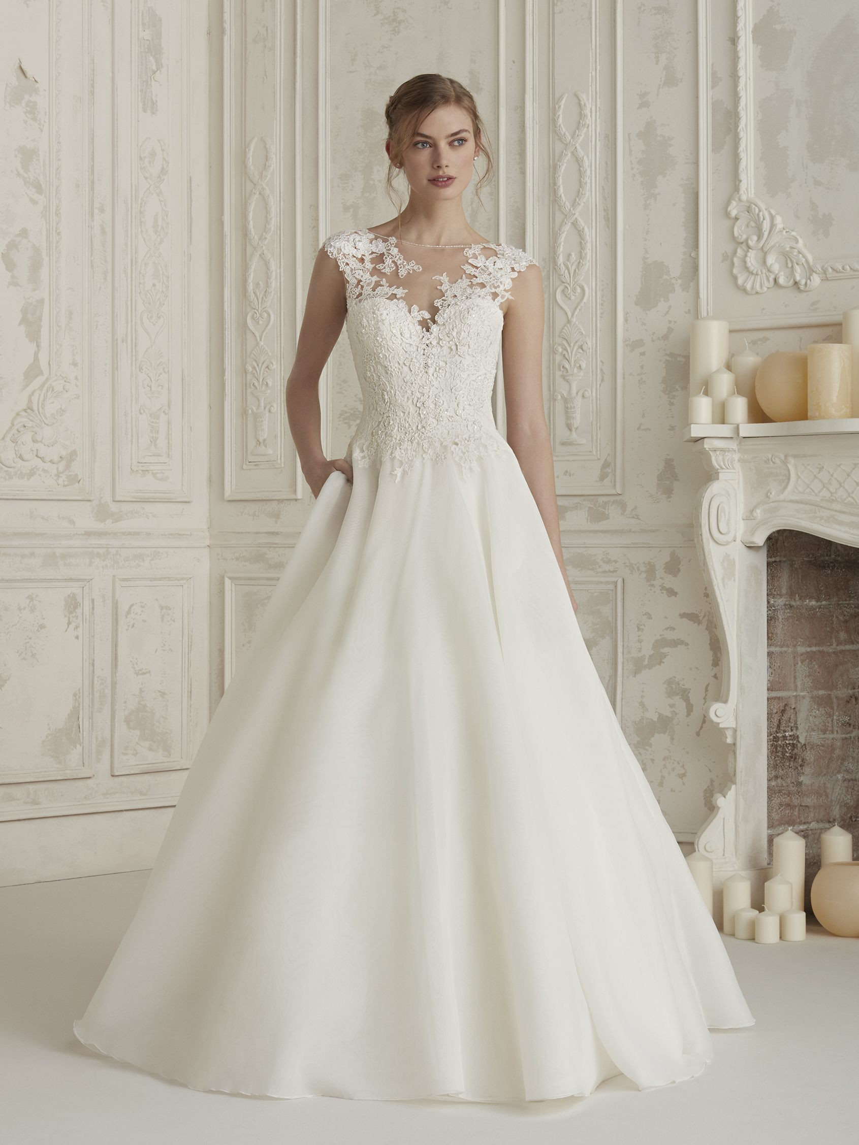 Sophisticated princess-style wedding dress ELIODORA | Pronovias