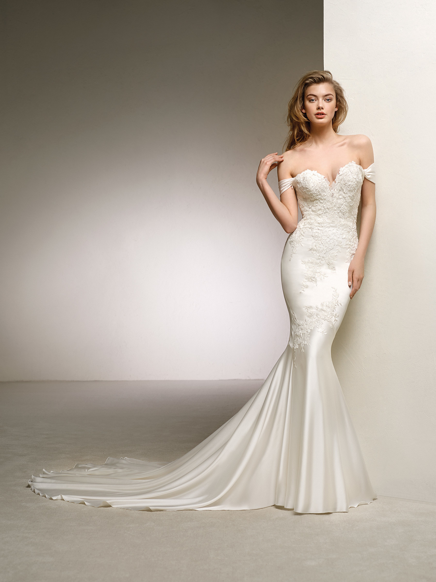 Spectacularly romantic and sexy wedding dress dante for Satin silk wedding dresses
