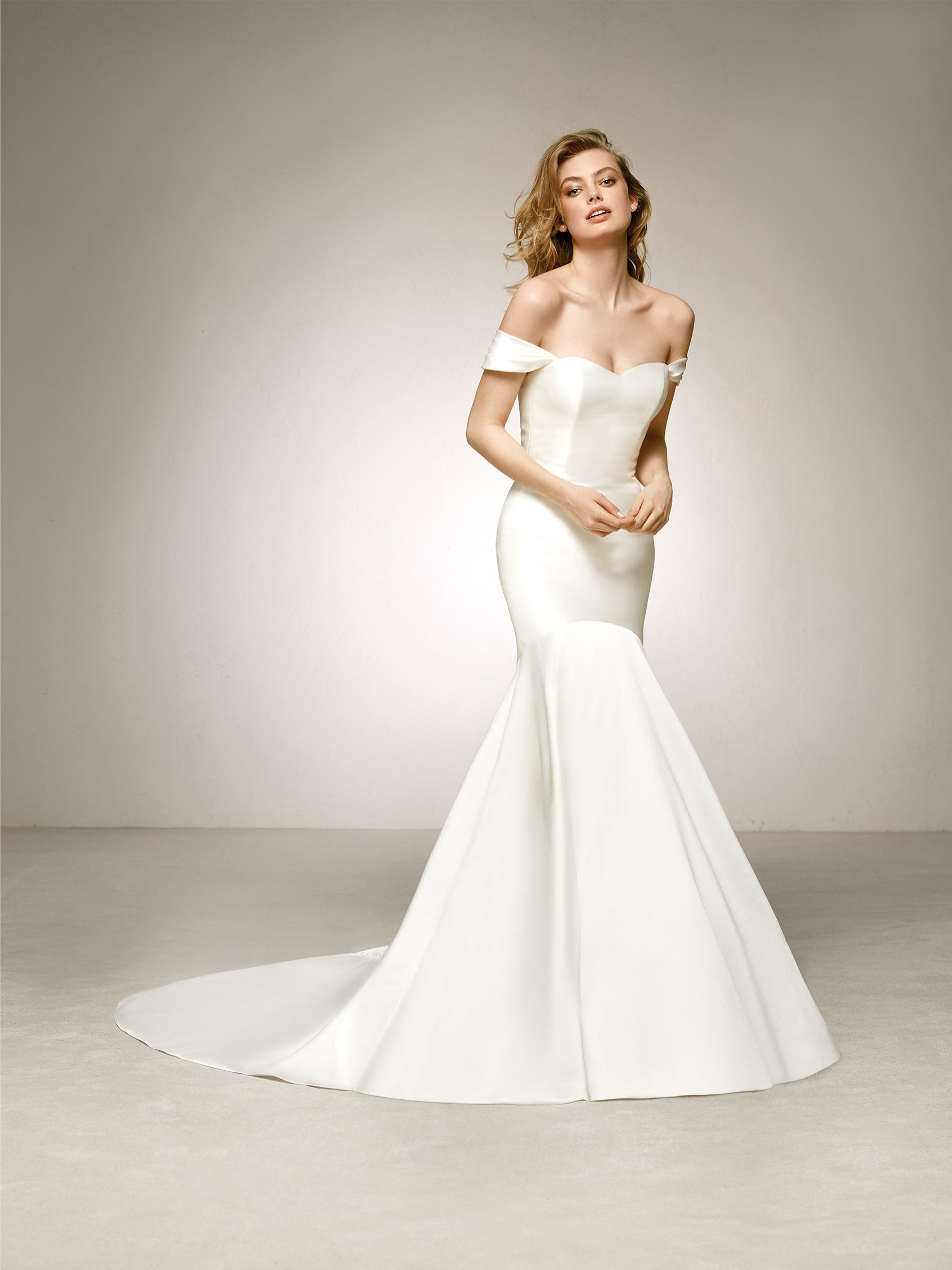 Elegant mikado wedding dress with off-the-shoulder sleeves. DELCO ...