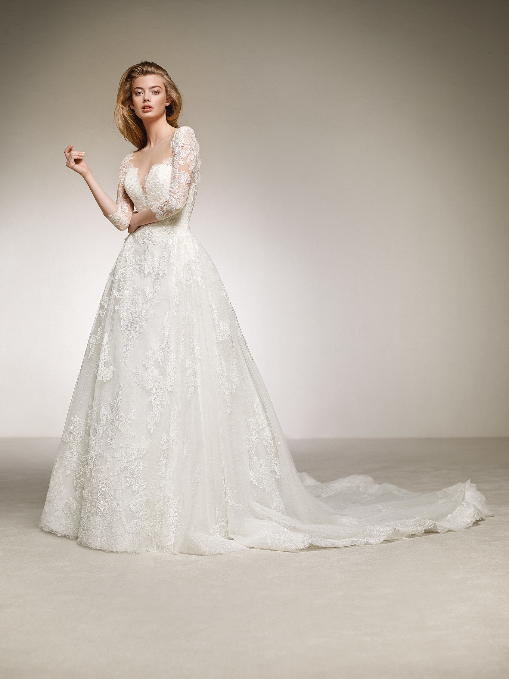 Ballgown Wedding Dress With Fitted Bodice Diana