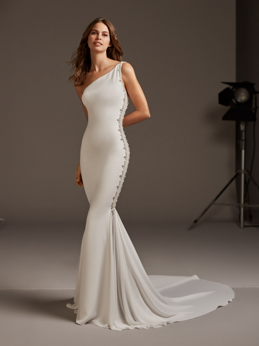 bd98f9cbe1c Mermaid wedding dress with asymmetrical neckline