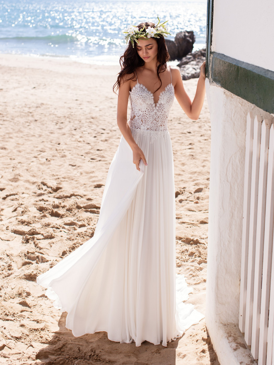 Beach Wedding Dresses Bridal Gowns Pronovias