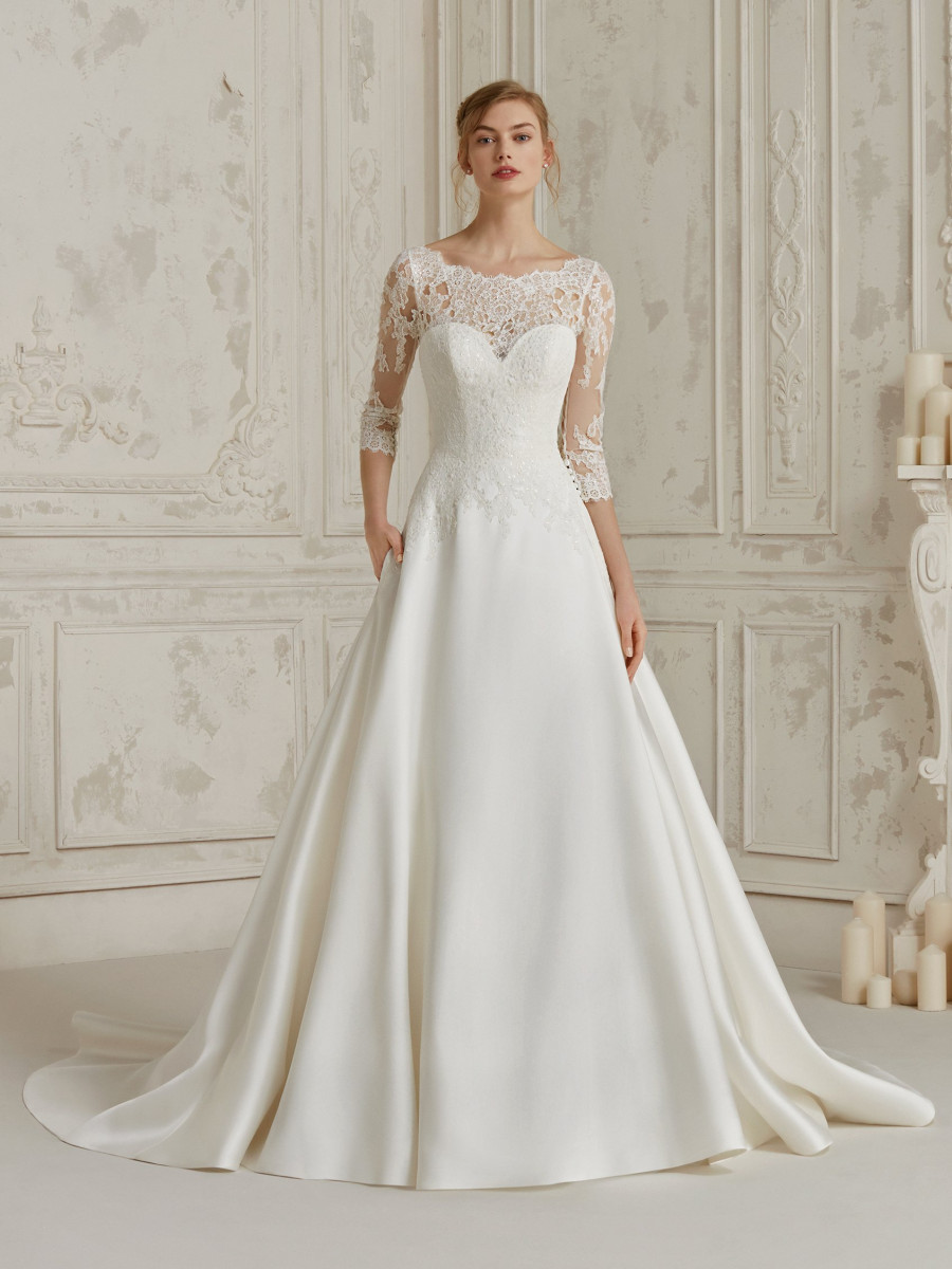Low Budget Bruidsjurken.Pronovias Bridal Collection Pronovias