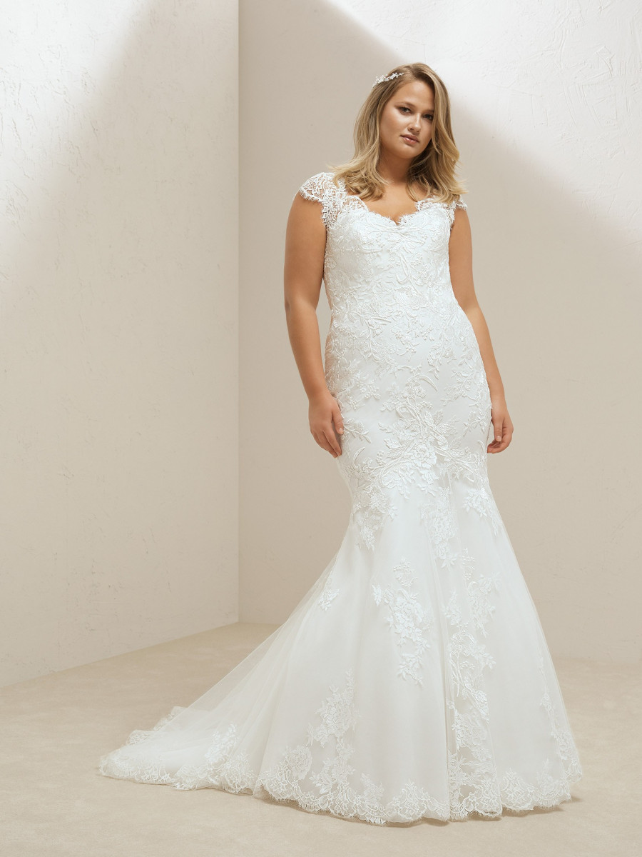721e791335f wedding dress mermaid plus size with lace and beading