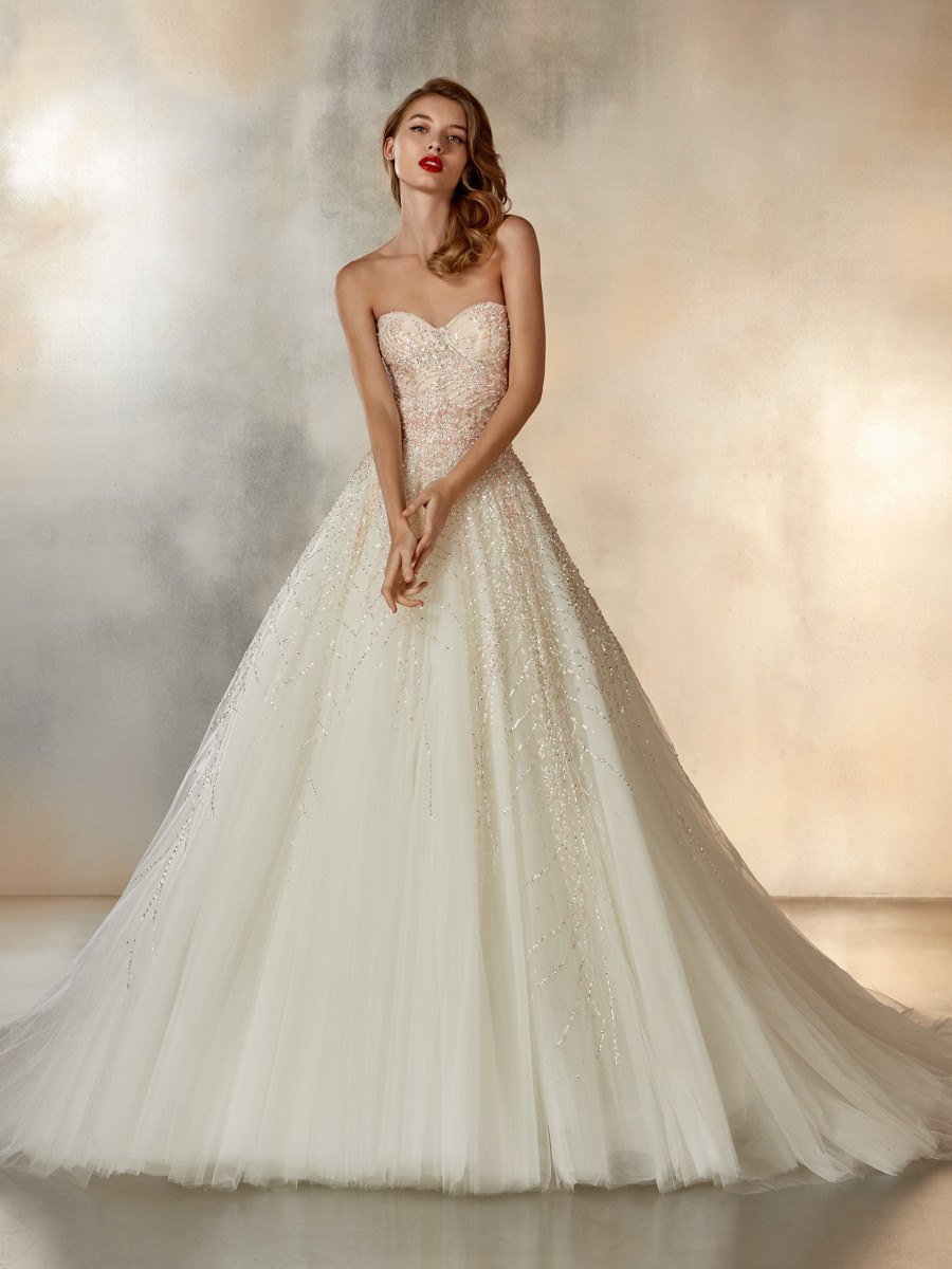 a2d8b20d9c4 Tulle Princess wedding dress with open back