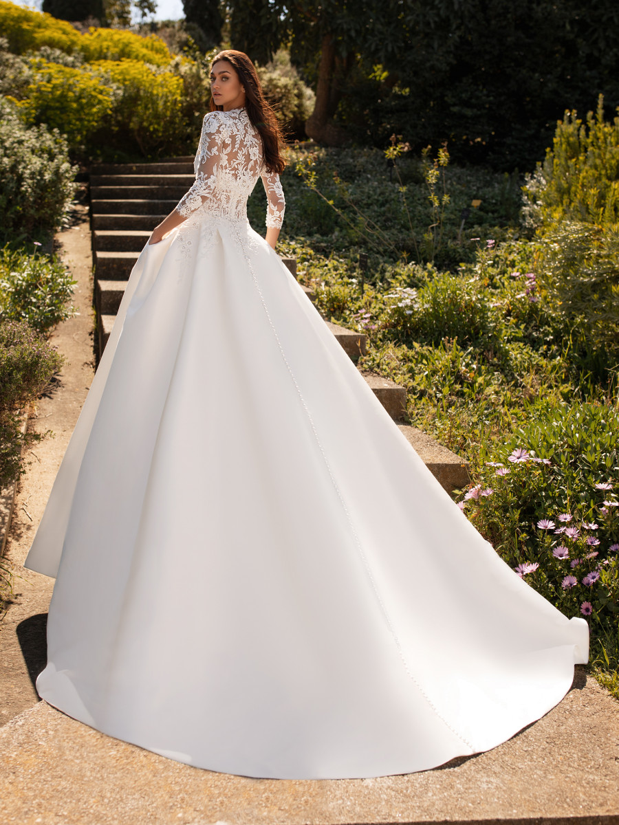 Ball Gown Wedding Dresses Bridal Gowns Pronovias