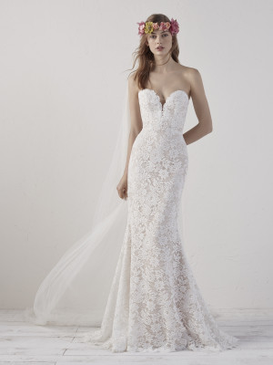 Spectacular Mermaid Wedding Dress In Lace And Tulle Eithel Pronovias