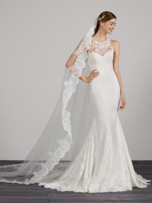Wedding Dress With Halter And Open Back Pronovias