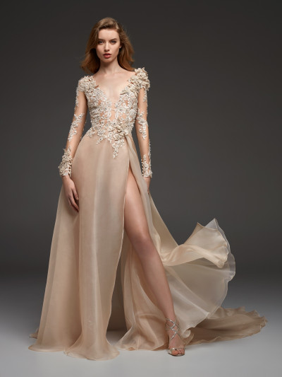66079e9ec60 Lovely and different nude colour wedding dress