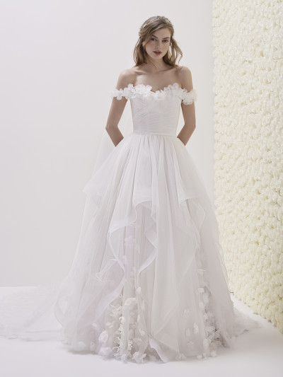 886c16c31b6 Original princess wedding dress with ruffles ELODIA
