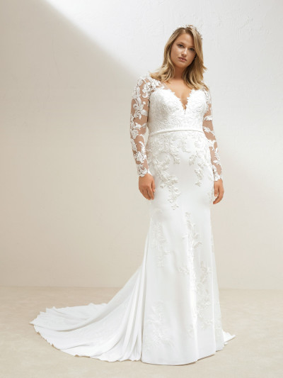 7ff1ffe098e Plus-size crepe mermaid wedding dress with illusions