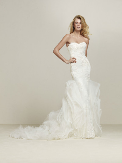 Original Wedding Dress With Skirt With Lace Frills Drimila Pronovias